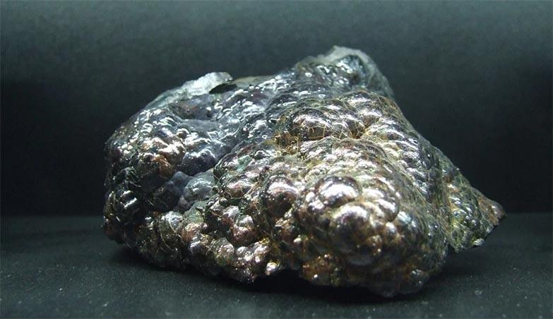 macam-macam-bijih-besi-dan-kegunaannya-KPS-Steel-distributor-besi-jakarta
